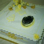 Golden Anniversary small sugar Roses