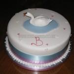 Simple Swan Cake