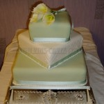 Green & White Cala Lily Twisted 3Tier