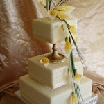 Yellow Cala Lily Polka Dot with Gold Pillar 3Tier