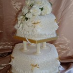 Ivory Rose & Frill Hexagon 2Tier